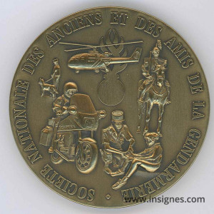 Gendarmerie Présence et prestige SNAAG Médaille de table Bronze 65 mm
